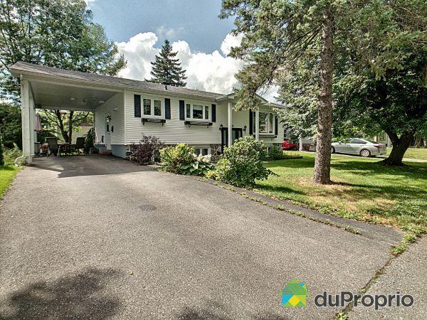 725, rue Turcotte, Sherbrooke (Jacques-Cartier) à vendre