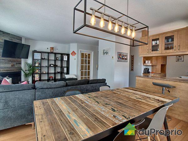 Dining Room / Living Room - 402-335 rue Lucien-Milette, Longueuil (St-Hubert) for sale