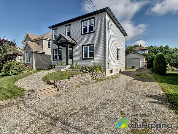 1015, rue Bastien, Sherbrooke (Rock Forest) à vendre