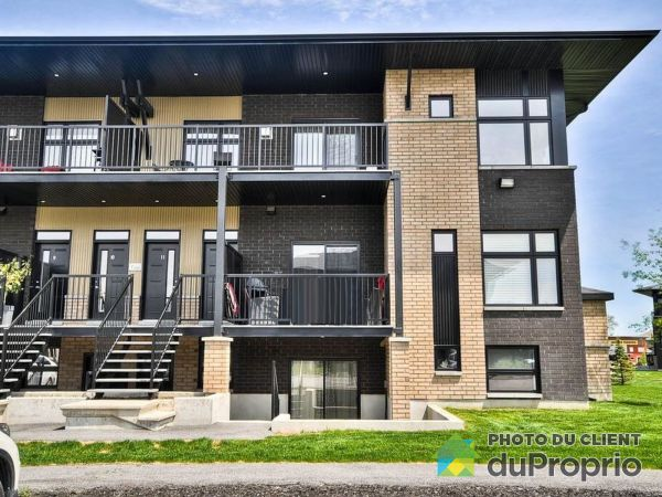 12-240 RUE DE DUBLIN, Gatineau (Hull) for sale