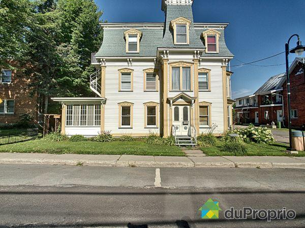 5609-5623, rue Foster, Waterloo à vendre