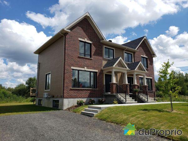 1712 rue des Étriers - Par Casavant Construction, Sherbrooke (Rock Forest) for sale
