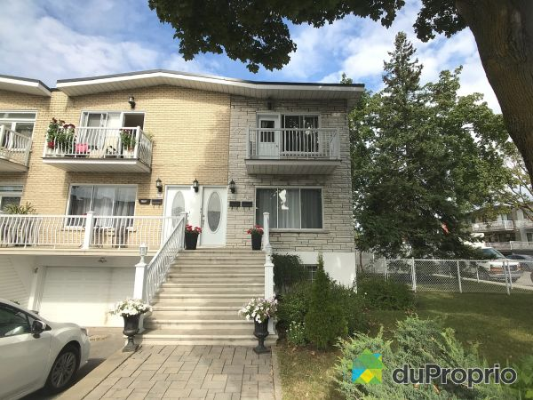 6395 rue de Chambois, Saint-Léonard for sale