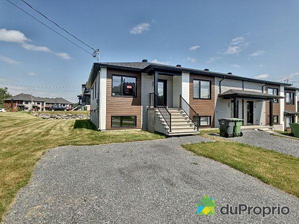 rue Guy-Durocher - Cité sur le parc - Par les Constructions Christian Belleau, Sherbrooke (Fleurimont) à vendre