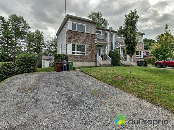 Cour avant - 802, rue des Girolles, Sherbrooke (Rock Forest) à vendre