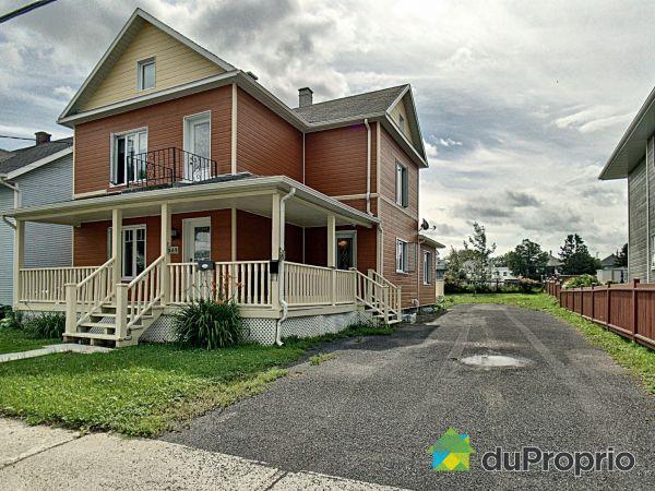269-271 rue de la Fabrique, Matane for sale