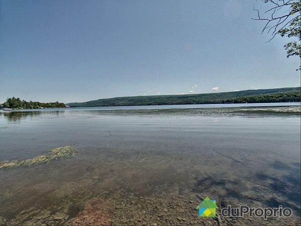 134-138, chemin du Lac, St-Mathieu-De-Rioux à vendre