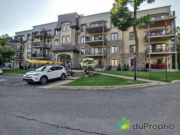 401-300 rue des Manoirs, Deux-Montagnes for sale