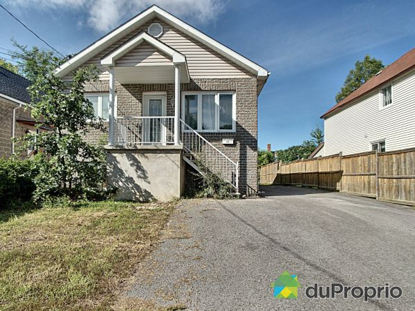 Summer Front - 50 rue Bienville, Gatineau (Hull) for sale