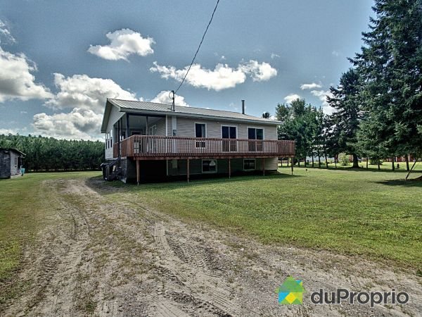 Summer Front - 72-74, chemin Patterson, Cayamant for sale