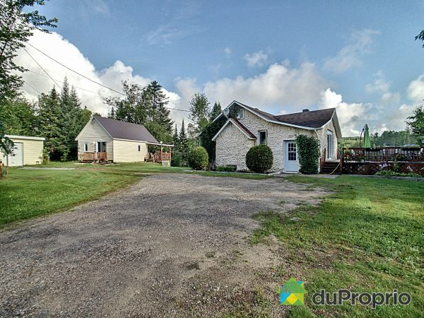 Overall View - 286-288 Route 117, Lac-Saguay for sale