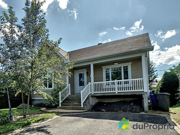 528 rue Monseigneur-Coderre, St-Amable for sale