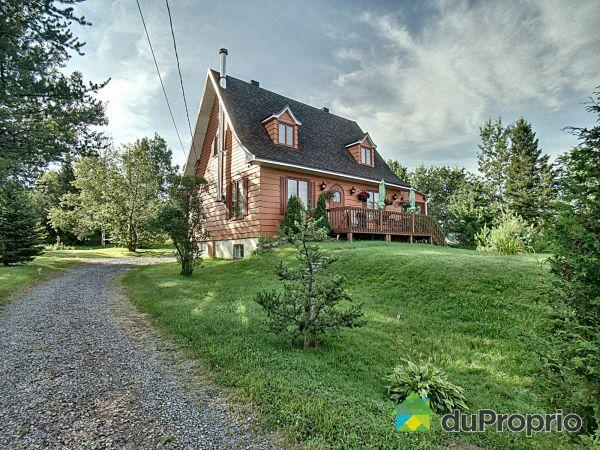 467 Route 138, St-Tite-Des-Caps for sale