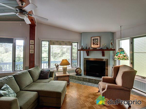 Salle de séjour - 2430, rue Arthur Frenette, Val-David à vendre