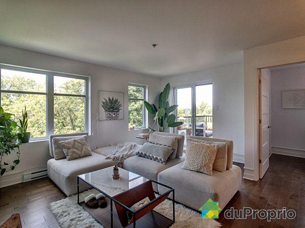 Living Room - 403-111 avenue du Parc, Laval-des-Rapides for sale