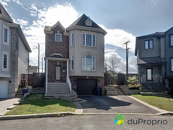 882 rue Arthur-Côté, Ste-Rose for sale