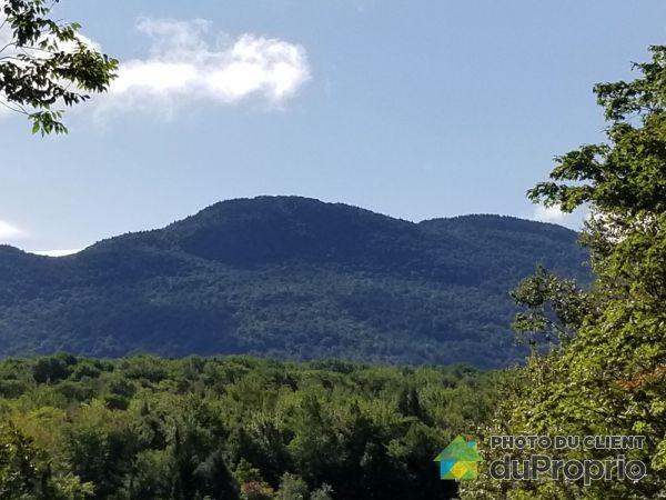 Domaine de la Montagne Cachée - chemin Charpentier, Eastman for sale