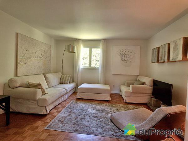 Living Room - 465 rue Banting, St-Bruno-De-Montarville for sale