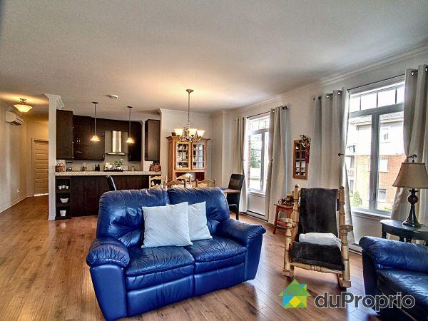 Living Room - 202-660 boulevard de la Salette, St-Jérôme (Bellefeuille) for sale