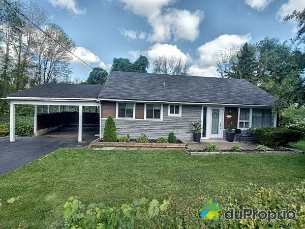 Summer Front - 101 rue Taylor, Chateauguay for sale