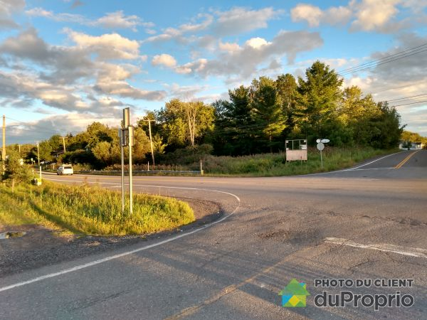 chemin de Saint-Robert, St-Robert for sale