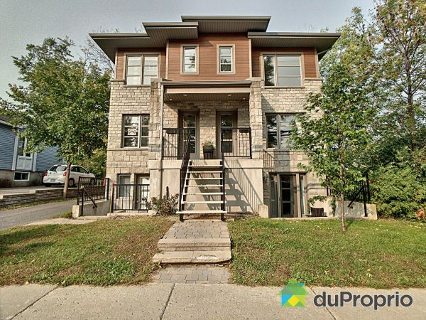 B-49 terrasse Dufferin, Ste-Rose for sale