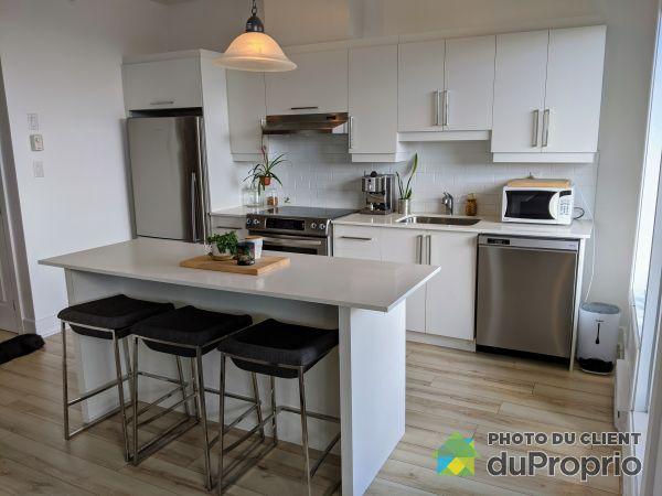 Kitchen - 403-100 rue Cartier, St-Lambert for sale