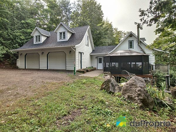 Side View - 3218 rue Paradis, Wentworth-Nord for sale