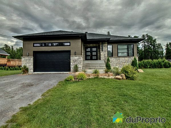 511 rue des Érables-Rouges, St-Honore-De-Chicoutimi for sale