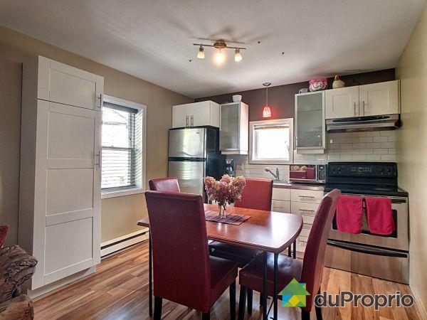 Kitchen - 2-593 rue Saint-Bonaventure, Saint-Sauveur for sale