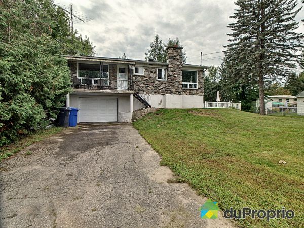 183 33e Avenue, Pointe-Calumet for sale