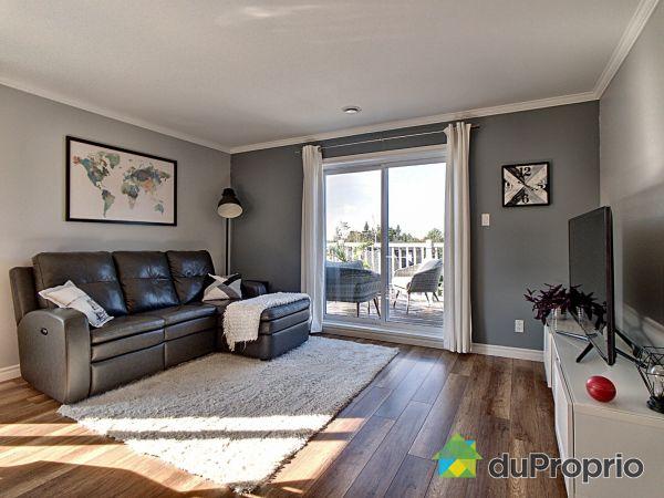 Living Room - 239 rue Berrouard, Beauport for sale
