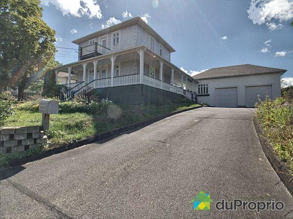 42, rue Caldwell, Témiscouata-sur-le-Lac à vendre