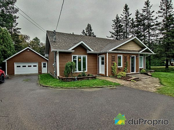 Summer Front - 3779 chemin Saint-Pierre, Chicoutimi (Laterrière) for sale