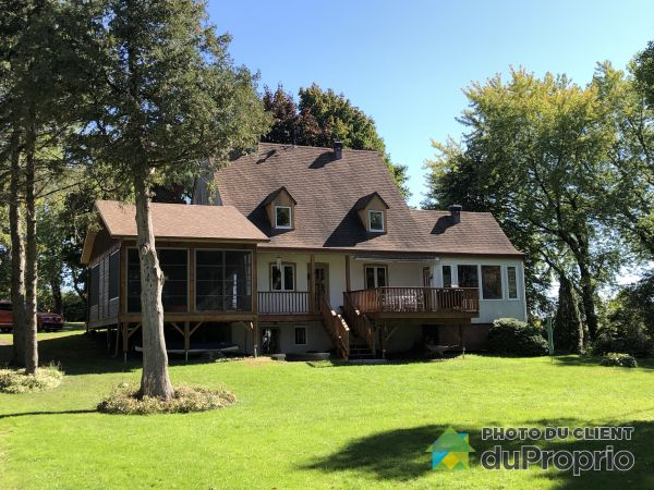 Backyard - 951 Route 132, Ste-Barbe for sale