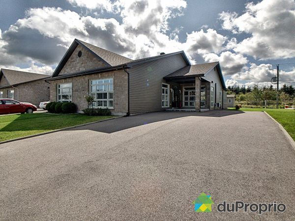 854 rue des Jaseurs, Chicoutimi (Chicoutimi) for sale