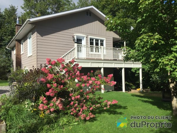 South Side - 268 chemin de la Rouge, Huberdeau for sale
