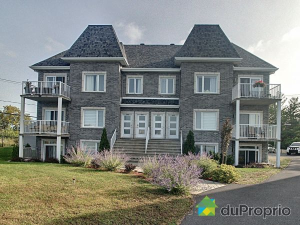 1097 rue Pierre-Cognac, Chambly for sale