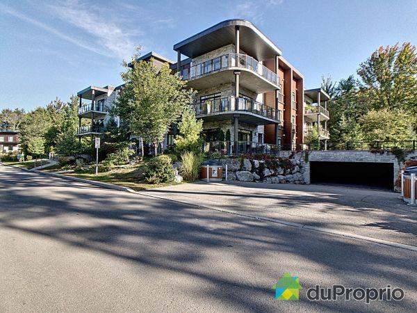 302-12 rue du Nivolet, Blainville for sale