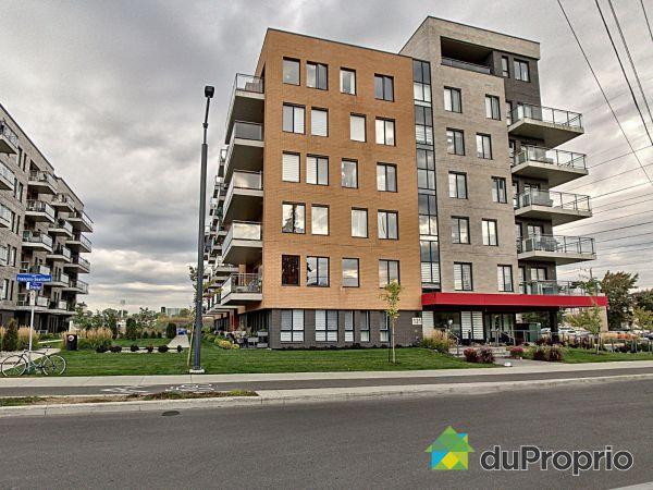 402-121 rue François-Souillard, Laval-des-Rapides for sale