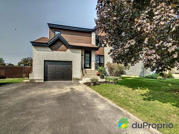 1550 rue Germaine-Guèvremont, Boisbriand for sale