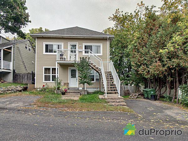 23-23A, 47e Avenue, Bois-Des-Filion à vendre