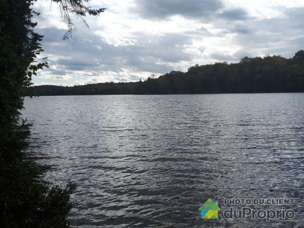 Vue sur le lac - , chemin Charles-Valiquette, St-Aime-Du-Lac-Des-Iles à vendre
