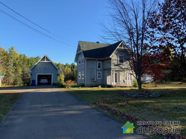 360 rue Saint-Louis, St-Elie-de-Caxton for sale