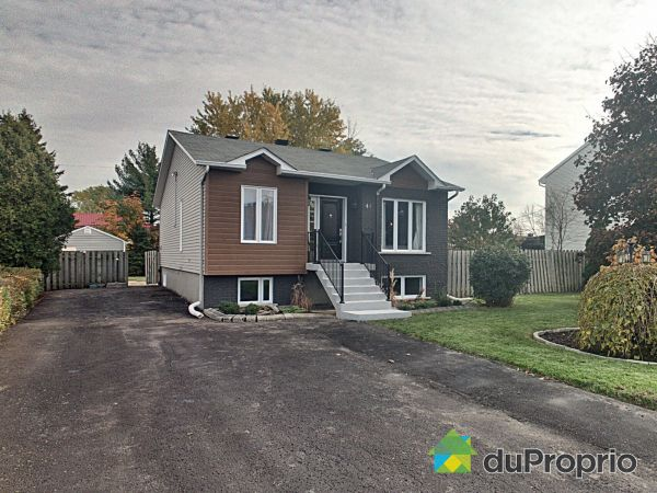 44 rue Lefebvre, St-Constant for sale