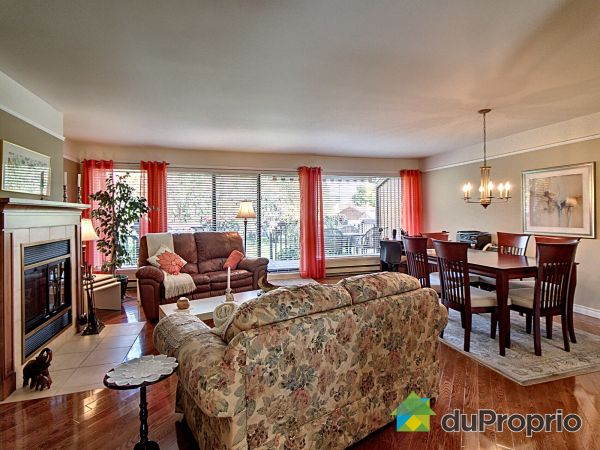 Living / Dining Room - 7782 rue Latreille, Lebourgneuf for sale