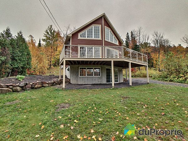 250 chemin du Tour-du-Lac, Lac-Beauport for sale