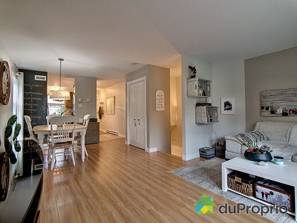 Living / Dining Room - 2769 rue François-Drouin, Loretteville for sale