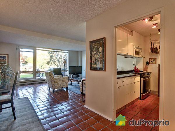 Living / Dining Room - 156-150 rue Berlioz, L'Ile Des Soeurs for sale