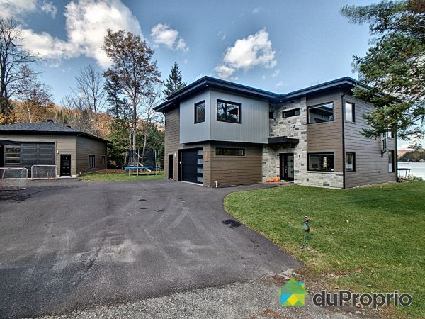 19 chemin Jeanne-d'Arc, Val-Des-Monts (St-Pierre-de-Wakefield) for sale